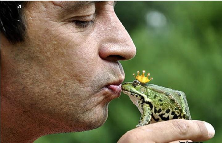 Сидит мужик, ловит рыбу… Вдруг ему прибрежная лягушка говорит человечьим голосом... весёлые