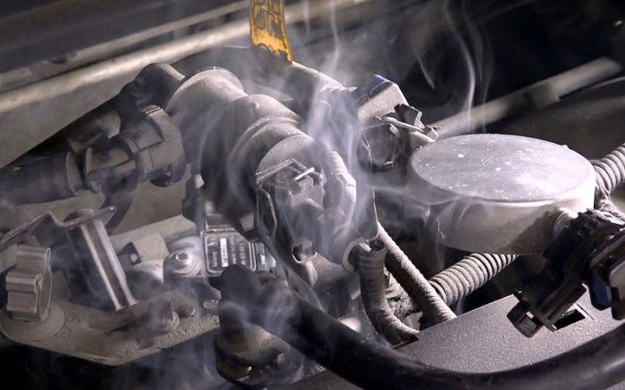 Вот как с помощью простой сигареты уменьшить расход топлива и устранить ряд проблем двигателя советы